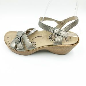 Abeo size 8 Wedge Sandals Gold Pewter Leather